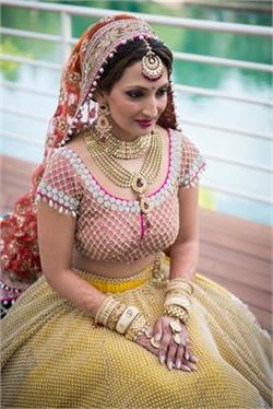 अपनी शादी के लिए चुनें ये डिजाइनर नेकलेस (pics)