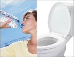 पानी की बोतल हो सकती है टॉयलेट सीट जितनी गंदी! (Pics)