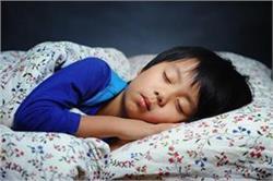 बच्चों में सुधारे सोने की आदतें, नहीं तो हो सकती है एकाग्रता की कमी
