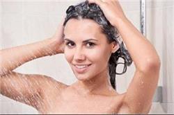 शैंपू से ज्यादा असरदार है ये चीजें, इनसे धोएं बाल