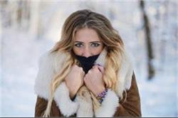 सर्दियों में चेहरे पर न लगाएं ये चीजें, बढ़ जाएगा सांवलापन