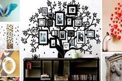 अलग-अलग चीजों से सजाएं घर की दीवारें