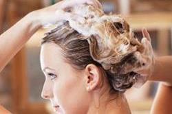 बेसन से बने इन हेयरमास्क से पाएं मजबूत बाल