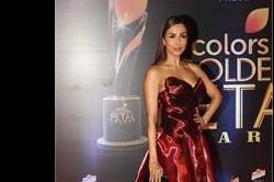 Golden Petal Awards: मलाइका से लेकर मौनी रॉय का दिखा हॉट लुक
