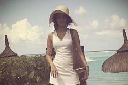 जेनिफर की 8 व्हाइट ड्रैसेज, जिनमें दिखीं वह बेहद Hot & Stylish