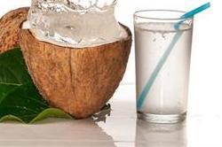इन 8 तरह के लोगों के लिए खतरनाक है नारियल पानी