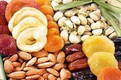स्वस्थ रहने के लिए डाइट में शामिल करें ये Dry Fruits