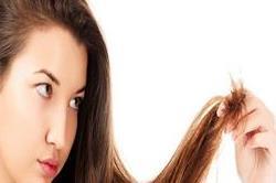 दोमुंहे बालों से न हो परेशान, फॉलो करें ये Tips