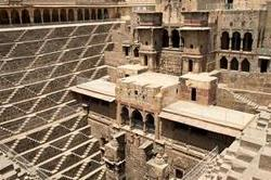 Mystery से भरी इस जगह में दफन है अरबों का खजाना
