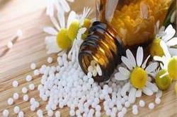 होमियोपैथी दवाएं लेते समय बरतें ये सावधानियां