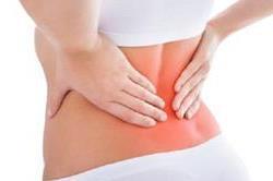 आखिर क्यों महिलाओं को पीरियड्स में होता है तेज कमर दर्द?