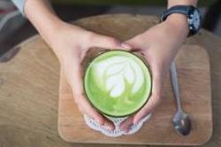 कैंसर और मोटापे जैसी बीमारियों से बचाएं 'Matcha tea'!