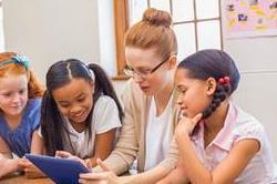 Teacher's Day Special: अपने फेवरेट टीचर को दें ये गिफ्ट