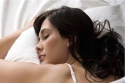 आप भी सोते समय पहनती हैं ब्रा तो हो जाएं सावधान !