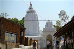 यह है भारत का झुका हुआ मंदिर, देखकर हो जाएंगे हैरान