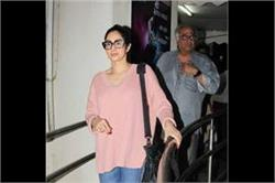 बेटी और पति के साथ कैजुअल लुक में दिखीं Sridevi