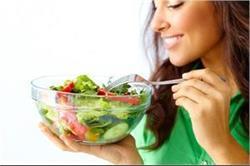 बिना पकाए खाएं ये फूड्स, मिलेगा दोगुणा फायदा