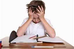Exam Time : डर नहीं, बनें बच्चे का हौसला