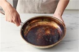 Kitchen Tips: जले हुए बर्तनों को इन आसान तरीकों से करें साफ