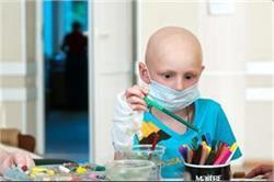 बच्चों में बढ़ रहा है कैंसर का खतरा, जानिए इसके लक्षण