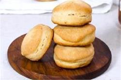 शाम की चाय में बनाएं फ्लैकी बटरमिल्क बिस्कुट