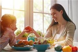 बच्चे नहीं करेंगे हेल्दी चीजें खाने से मना, अपनाएं ये टिप्स