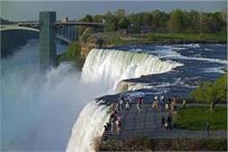 पार्टनर के साथ 'रोमांटिक मोमेंट' बिताना चाहते है तो ये रहें 6 Waterfalls