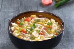 नूडल्स और सब्जियों से बनाएं Talumein Soup