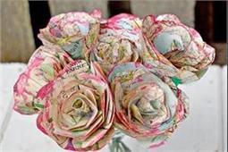 DIY Ideas: मैप से बनाएं गुलाब के फूल