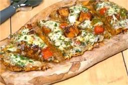 पिज्जे जैसा बनाएं पनीर टिक्का Cheese Burst Naanza