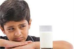 बच्चा दूध पीने में करता है आना-कानी तो इन चीजों से पूरा करें कैल्शियम