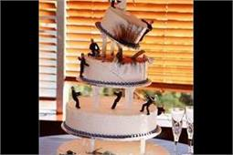 Cakes Ideas: बर्थ-डे हो या रिसेप्शन पार्टी, चूज करें ये डिफरैंट डिजाइन्स