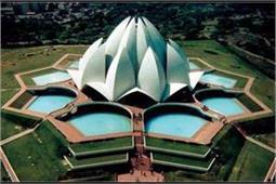 दुनिया के सबसे खूबसूरत मंदिर, कोई सोने तो कोई है संगमरमर से बना