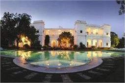 800 करोड़ का पटौदी पैलेस, करीना-सैफ का घर अंदर से दिखता है एेसा