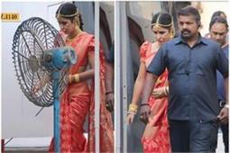 Bridal Look: कैटरीना ने पहनी हॉट रैड कलर में हैवी कांजीवरम साड़ी