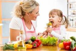 बढ़ती उम्र के बच्चों के लिए बहुत जरूरी हैं ये पोषक तत्व