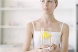 गर्मियों में रोजाना पीएं नींबू पानी, रहेंगे हेल्दी