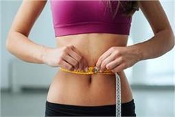 मोटापा तेजी से करना है कम तो रोजाना पीएं ये 4 Detox Drink