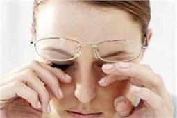 आंखों पर कभी नहीं लगेगा मोटा चश्मा अगर रोजाना करेंगे ये 5 काम