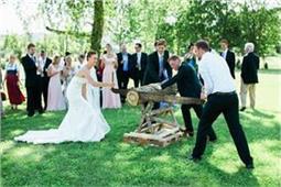 विदेशों में शादी की इन रस्मों को सुनकर आपको भी आ जाएगी हंसी
