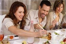देश-विदेश में खाने को लेकर है अजीबो-गरीब रिवाज, जानकर हो जाएंगे हैरान