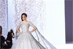 Royal wedding: रिसेप्शन पार्टी में 90 लाख का गाउन पहनेंगी मेगन!