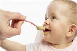 शिशुओं को दाल का पानी पिलाने से होते हैं कई फायदे