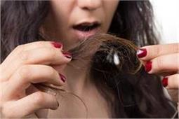 दो मुंहे बालों से छुटकारा पाने से लिए काफी फायदेमंद है ये उपाय