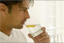 रोजाना पीएं नींबू पानी, न बढ़ेगा वजन और न होगी कब्ज