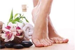 Feet Beauty Tips: घर पर पैरों को इस तरह बनाएं खूबसूरत