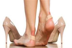 पैरों में पड़ गए है छाले तो इस तरह करें घरेलू उपचार