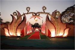 शादी की एंट्री भी हो खास, ऐसे करवाएं Gate Decoration