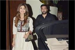 हसबैंड के साथ Iftar Party में स्पॉट हुई शिल्पा, एथनीक वियर में दिखा परफैक्ट लुक