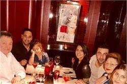 पेरिस में रणबीर-रिद्धिमा ने एेसे सेलिब्रेट किया मॉम नीतू कपूर का B'day